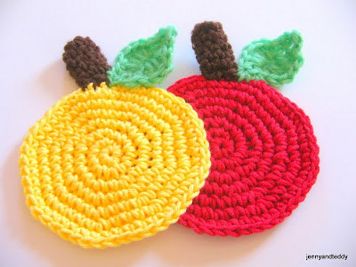 Apple Crochet Coaster