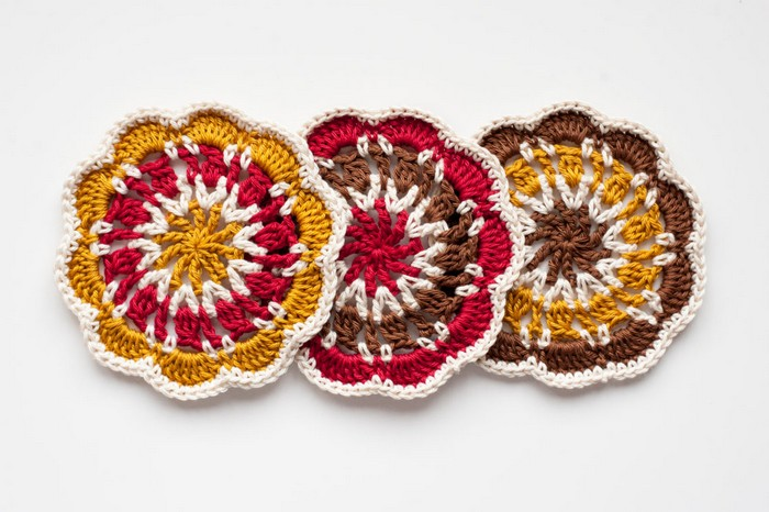 Cosy Coaster Crochet Pattern