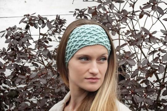 Hello Darling Headband Free Crochet Pattern