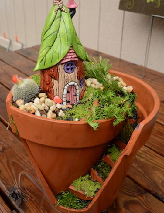 A Broken Pot Fairy Garden