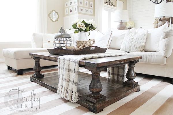 DIY Balustrade Farmhouse Coffee Table