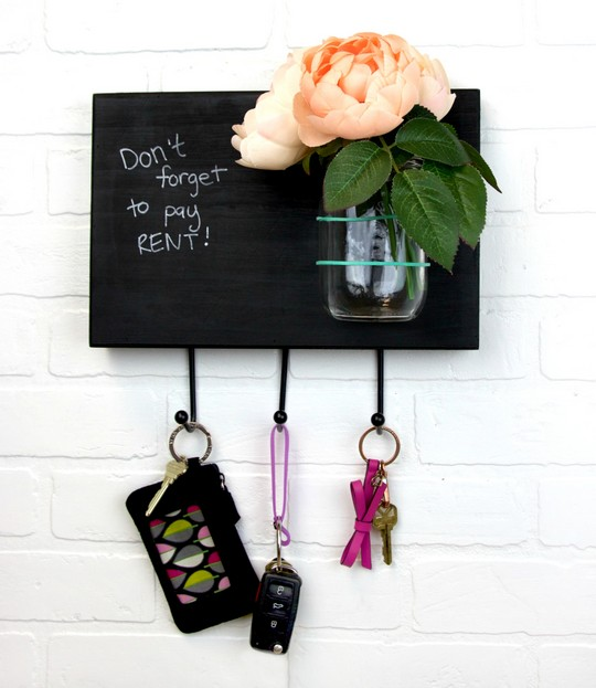 DIY Memo Board Key Rack