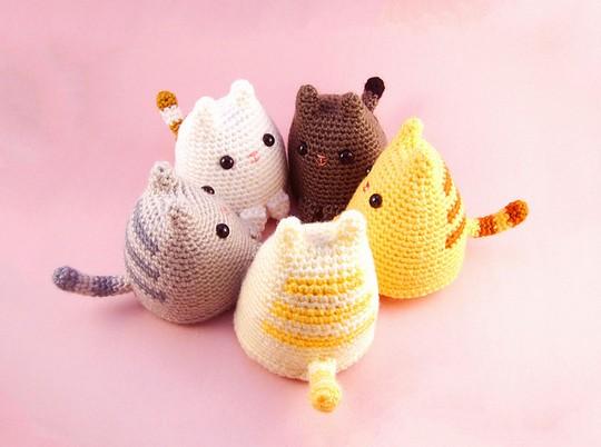 Free Crochet Dumpling Kitty