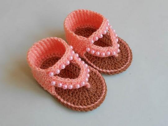 How To Crochet Baby Sandals Design