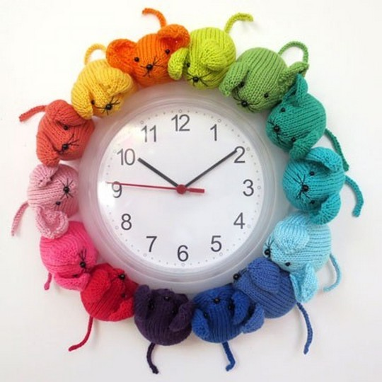 Crochet Mice Clock