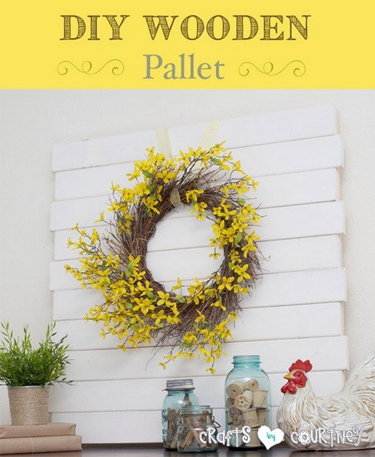 DIY Wooden Pallet Mantle Centerpiece
