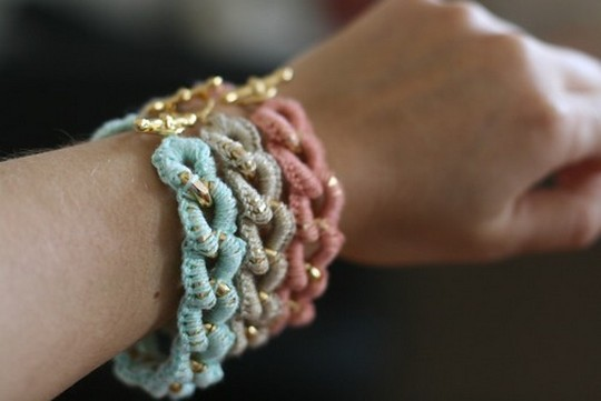Easy Free Crocheted Chain Bracelet