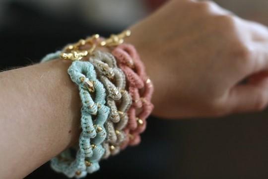Easy Free Crocheted Chain Bracelet