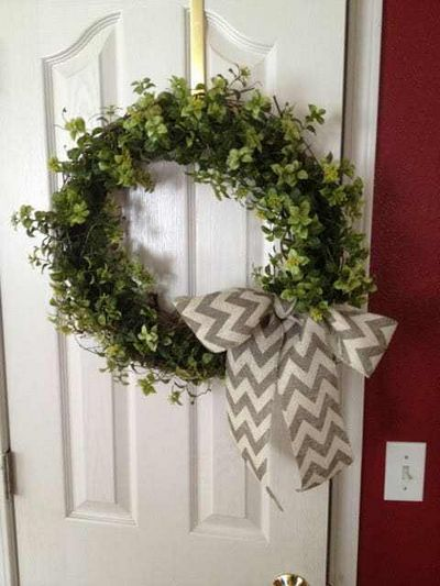 Easy Garland Wreath Idea