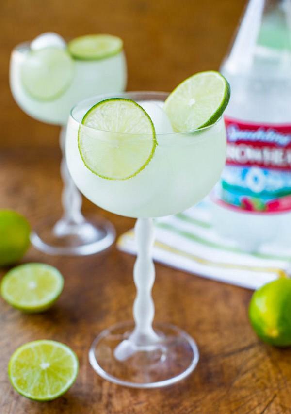 5-calorie Raspberry Lime Margarita Fizz Non-alcoholic