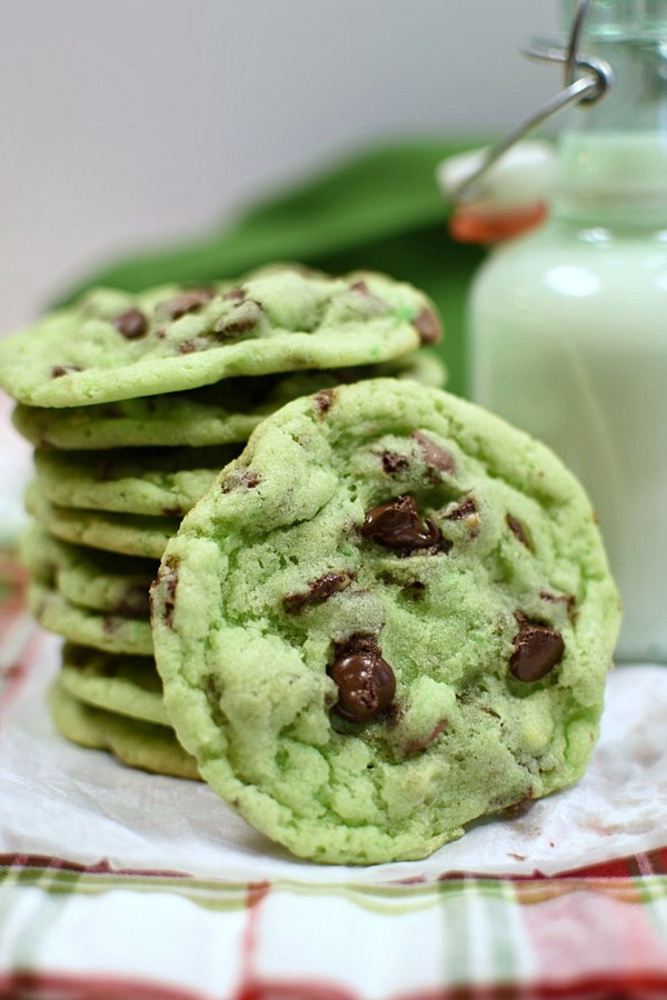 Christmas Mint Chip Sugar Cookies