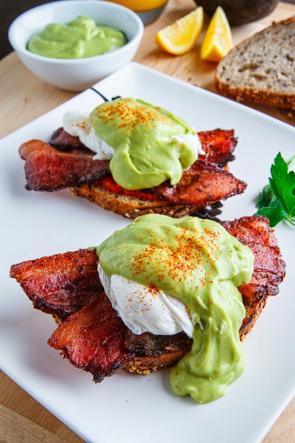 Eggs Benedict With Bacon Avodaise