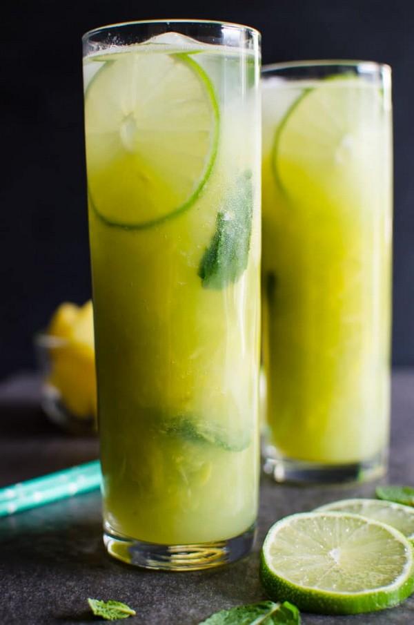 Non-alcoholic Pineapple Mojito